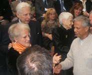Da sinistra: Luisa Brunori, Pier Ugo Calzolari, Rita Levi Montalcini, Muhammad Yunus