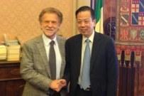 Il nuovo ambasciatore cinese in visita all'Alma Mater