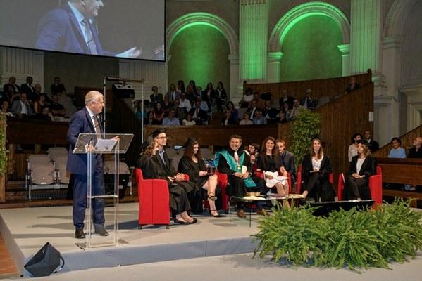 I saluti del Ministro dell'Ambiente e della Tutela del Territorio e del Mare Gian Luca Galletti (Foto di Schiassi)