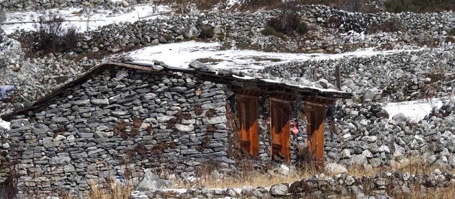 Particolare di un'abitazione presso il villaggio di Na (Foto di Marco Sazzini)