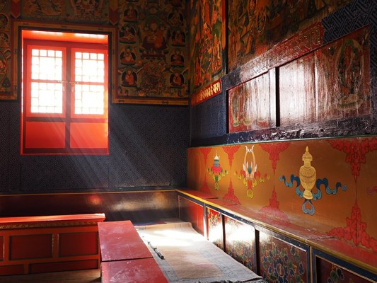 Particolare del monastero buddista del villaggio Sherpa di Beding (3700 m) (Foto di Marco Sazzini)