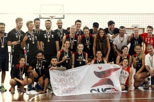 Doppio oro per il volley: sia la squadra femminile che quella maschile conquistano il titolo di campioni d'Italia