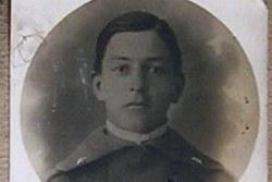 Vezzosi Giuseppe (07/06/1897 - 20/08/1917) - Iscritto alla facoltà di Chimica e Farmacia, a.a. 1916-17 I anno