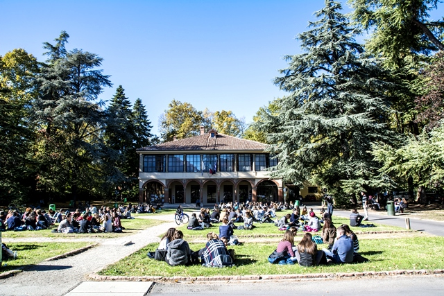 Top sito di incontri per studenti universitari